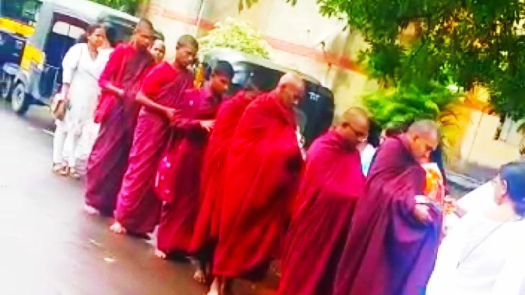 खारघर येथे प्रबुद्ध महिला संघाचा बौद्ध भिक्षु चारिका कार्यक्रम संपन्न.