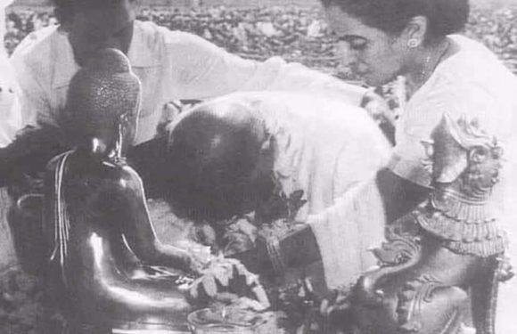 Dhamma Chakra Pravartan Day : 15 Famous Quotes by Mahamanav Dr. Babasaheb Ambedkar