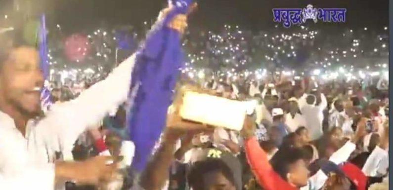 कोल्हापुरात छत्रपती शिवाजी महाराज स्टेडियम हाऊसफुल्ल…….!
