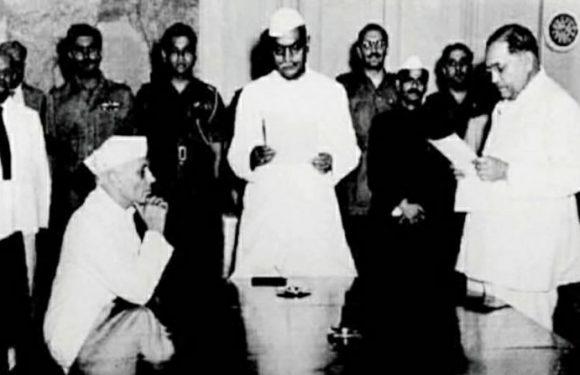 १८ फेब्रुवारी १९२७ रोजी महामानव डॉ.बाबासाहेब आंबेडकर यांचा मुंबई विधी मंडळात शपथ विधी.